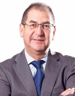 El doctor Emilio Ignacio García, responsable de los Proyectos de Investigación de la SECA.