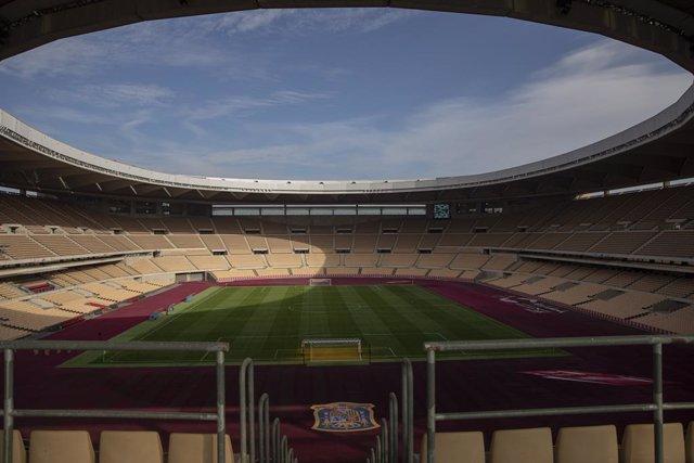 Archivo - Estadio de La Cartuja donde se celebrará el encuentro oficial de la Selección Absoluta masculina de fútbol ante Alemania. En Sevilla (Andalucía, España), a 12 de noviembre de 2020.