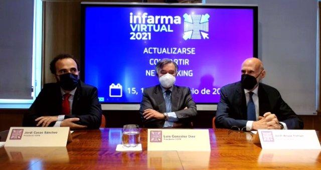 Los presidentes de los colegios oficiales de farmacéuticos de Madrid y Barcelona, Luis J. González y Jordi Casas, respectivamente, junto con el presidente de Interalia, Jorge Arqué.