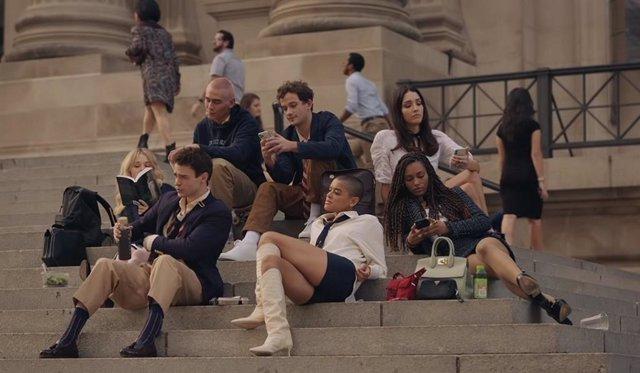"""Archivo - El tráiler del reboot de Gossip Girl enloquece a los fans: """"Me encantan los dramas de gente rica con problemas"""""""