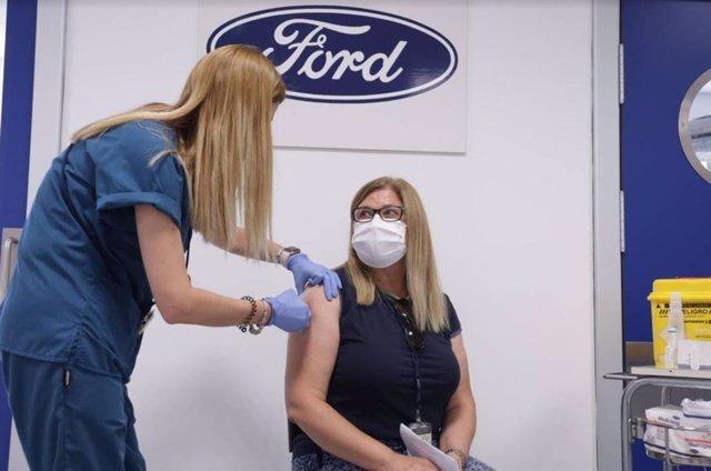 Vacunación en Ford Almussafes (Valencia).