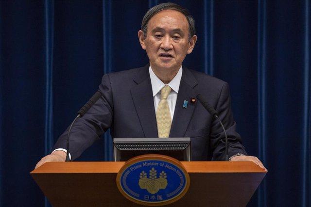 Archivo - El primer ministro japonés, Yoshihide Suga.
