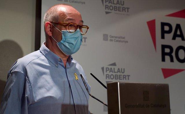 Albert Altés guanya l'I Premi d'Assaig Ricard Torrents Bertrana amb una obra sobre els virus