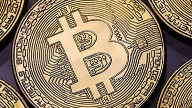 Archivo - Imagen de archivo de Bitcoin.