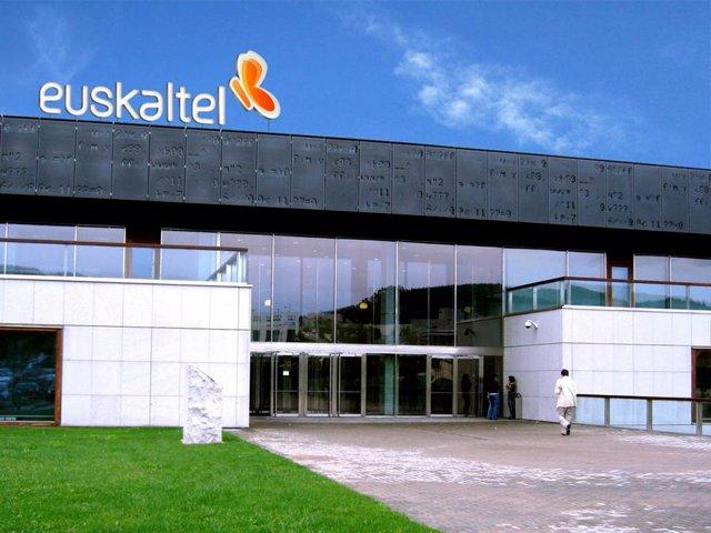 Archivo - Sede central de Euskaltel en Bizkaia
