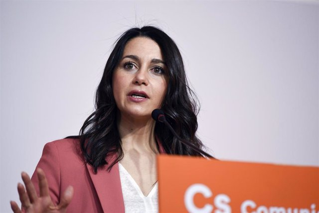 La líder de Cs, Inés Arrimadas, en rueda de prensa