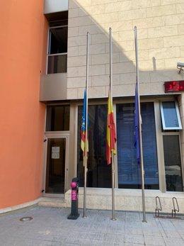 L'Ajuntament d'Algemesí declara dia de dol oficial en el municipi com a mostra del dolor de la població per la defunció de dos persones com a conseqüència d'un incendi.