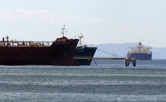 Archivo - Imagen de archivo de un buque iraní frente a las costas venezolanas.