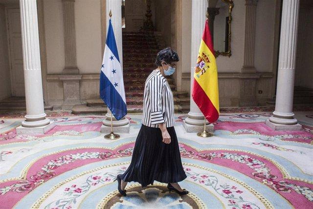 La ministra de Asuntos Exteriores, Unión Europea y Cooperación, Arancha González Laya, a su llegada para recibir a su homólogo hondureño