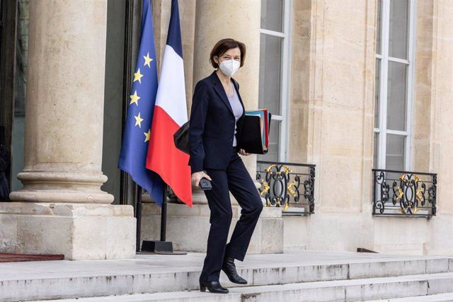 Archivo - 28 April 2021, France, Paris: French Minister of the Armed Forces Florence Parly leaves the Elysee Palace after the Council of Ministers meeting. Photo: Sadak Souici/Le Pictorium Agency via ZUMA/dpa