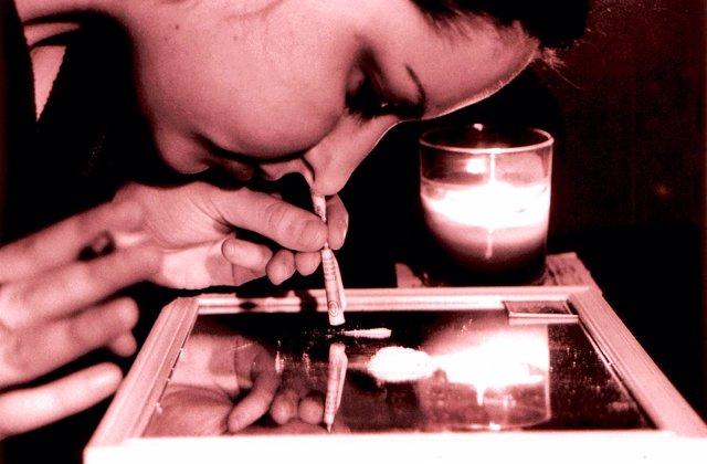 Archivo - Cocaina, droga, mujer