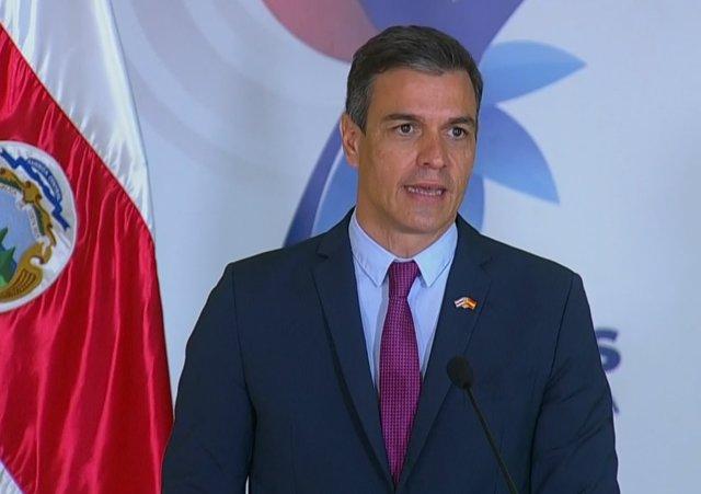 Pedro Sánchez durante la rueda de prensa con el presidente de Costa Rica