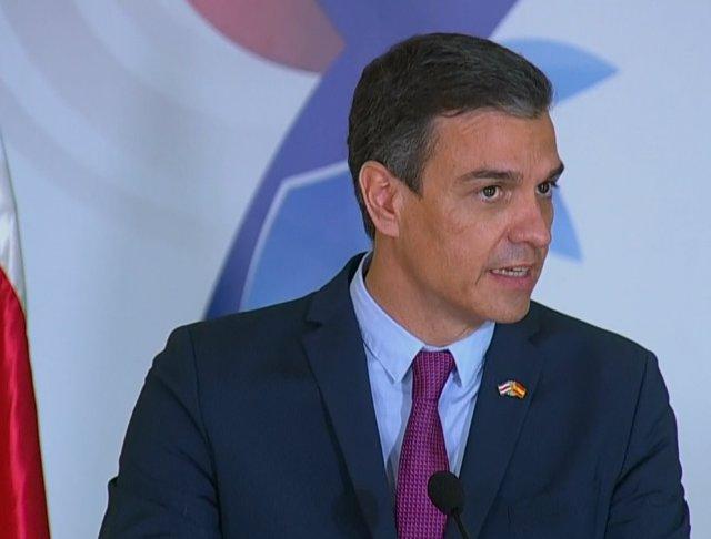 El presidente del Gobienrno, Pedro Sánchez durante la rueda de prensa con el presidente de Costa Rica