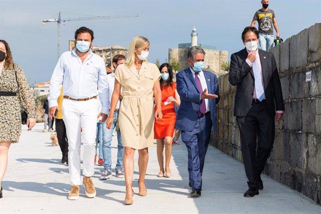 Inauguración de las obras de refuerzo del dique norte de Castro Urdiales