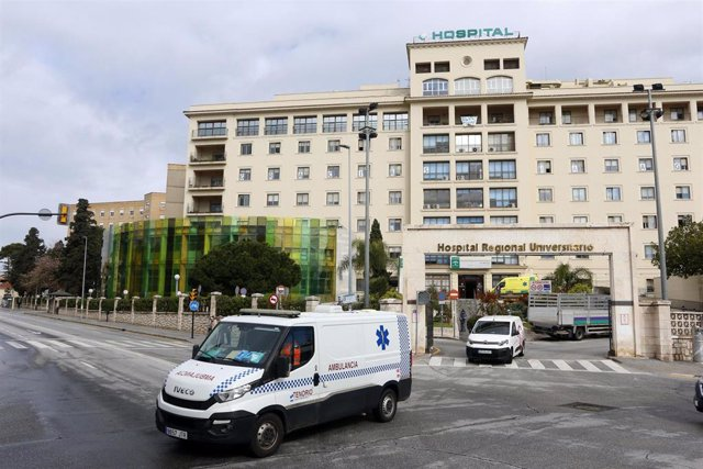 Archivo - Ambulancia saliendo del del Hospital Regional de Málaga en una imagen de archivo