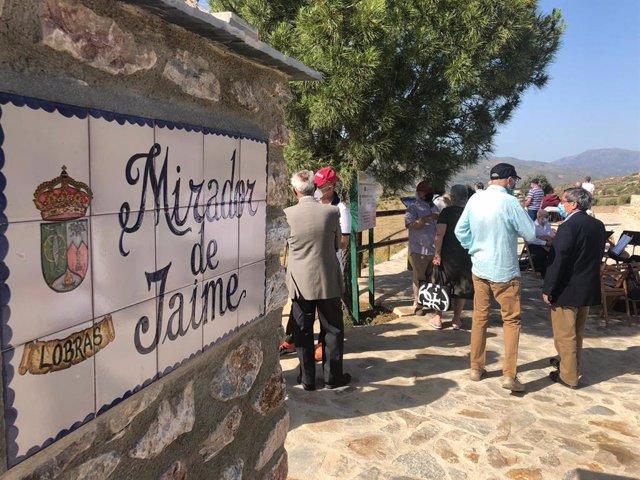 Lobras (Granada) estrena un nuevo mirador para reforzar su oferta turística