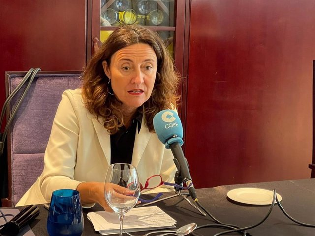 Mercè Conesa espera que el Hermitage se resuelva antes de las próximas elecciones municipales.