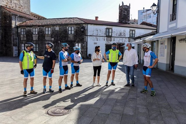 El vicepresidente primero de la Xunta, Alfonso Rueda, realiza el Camino de Santiago