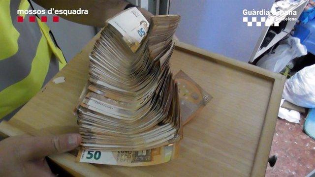 Bitllets de 50 euros decomissats pels Mossos d'Esquadra.