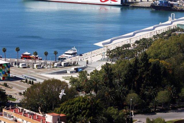 Archivo - Puerto de Málaga en una imagen de archivo