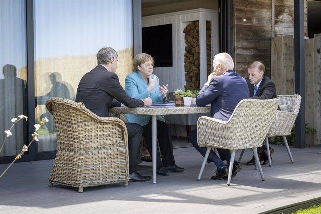 Angela Merkel i Joe Biden durant la cimera del G7 a Cornualla