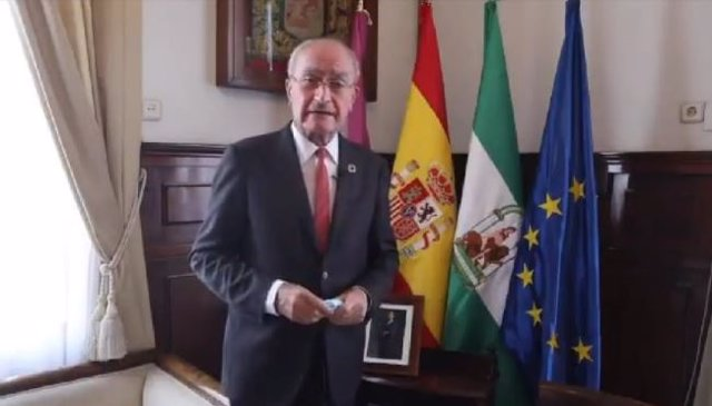 El alcalde de Málaga, Francisco de la Torre, en un vídeo en redes sociales