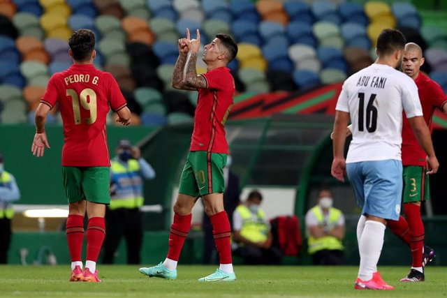 Joao Cancelo celebra un gol con Portugal