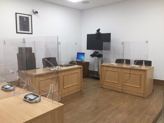 Archivo - Sala de vistas de un juzgado en una imagen de archivo.