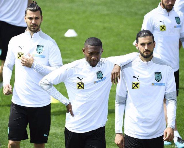 Aleksandar Dragovic, David Alaba y Florian Grillitsch durante un entrenamiento de la selección de Austria