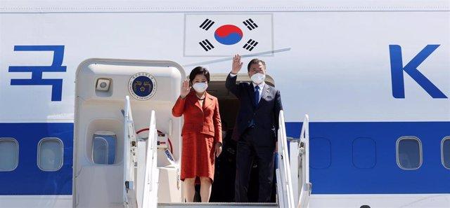 El presidente de Corea del Sur, Moon Jae In, y su mujer, Kim Jung Sook
