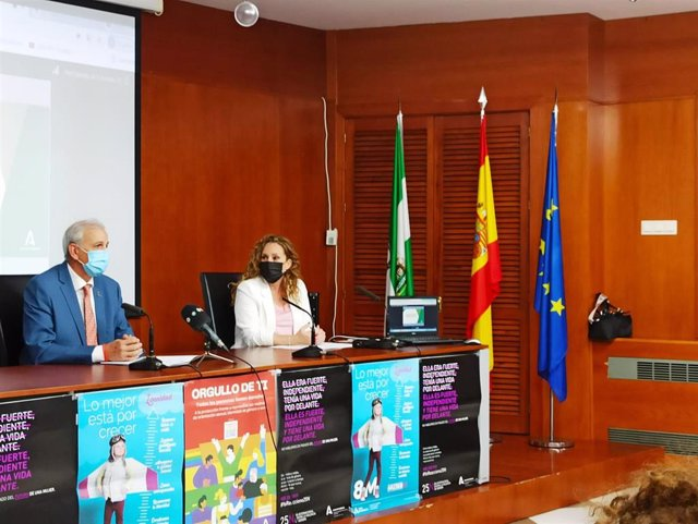Presentación en Granada del  borrador del plan estratégico para la igualdad de mujeres y hombres en Andalucía