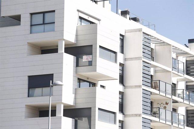 Archivo - Piso, pisos, vivienda, viviendas, casa, casas, alquiler, compra, hipoteca, hipotecas, euribor, construcción