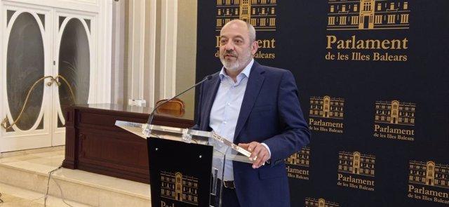 El diputado de Vox en el Parlament Sergio Rodríguez