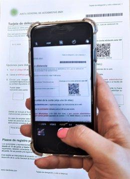 Economía.- Iberdrola, primera compañía del Ibex que permite votar a sus accionistas en la junta por un código QR