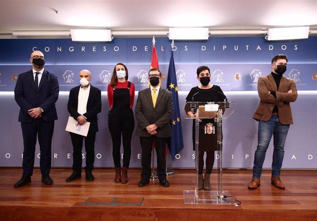 Archivo - Representantes de ERC, Junts, PDeCAT, la CUP, Bildu y el BNG en el Congreso.