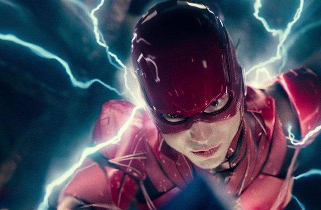 The Flash en una escena de Liga de la Justicia de Zack Snyder
