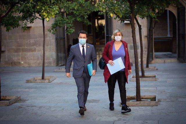 Archivo - Arxivo - El president de la Generalitat, Pere Aragonès, i l'exconsellera de Salut Alba Vergés. ARXIU.