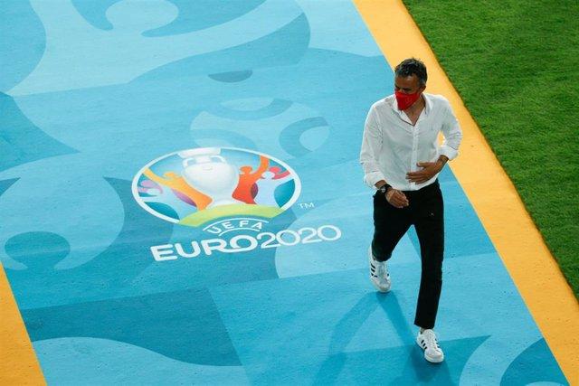 Luis Enrique durante el partido entre España y Suecia de la Eurocopa 2020