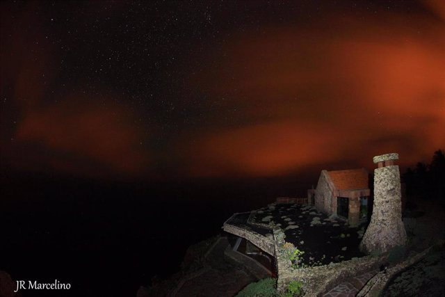 Archivo - Imagen nocturna en la isla de El Hierro
