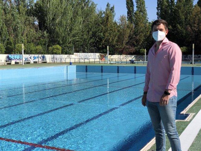 Imagen de la presentación de la campaña de apertura de piscinas municipales de Palencia .