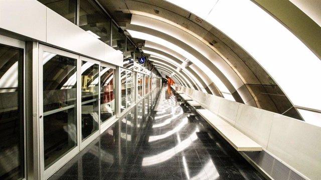 Archivo - Arxiu - Estació del Metro de Barcelona (TMB)