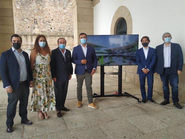 Presentaación del centro comercial Way de Cáceres, que abrirá la primera fase dentro de un año con ofertas de ocio y compras