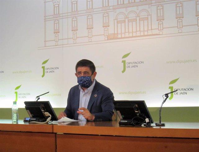Archivo - El presidente de la Diputación de Jaén, Francisco Reyes.
