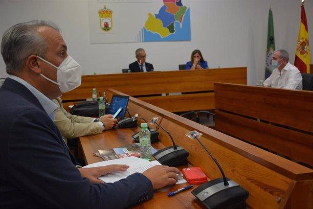 Ruiz Boix en el Consejo de Alcaldes del Campo de Gibraltar
