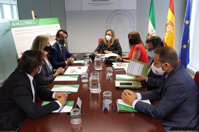La Junta y el Ayuntamiento acuerdan adjudicar este año las obras de la isla ambiental de Armilla (Granada)