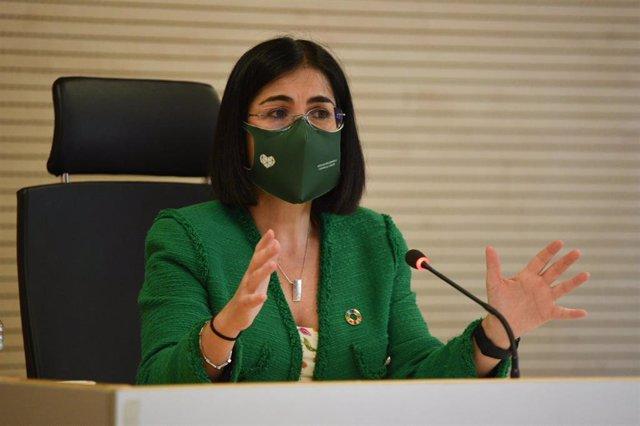 Archivo - La ministra de Sanidad, Carolina Darias, en su visita al Edificio de Salud Pública en València