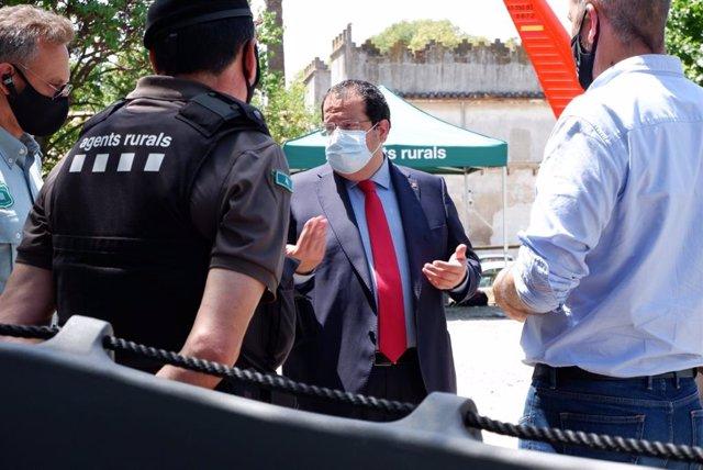 El conseller d'Interior de la Generalitat, Joan Ignasi Elena, es reuneix per primer cop amb comandaments del cos dels Agents Rurals.