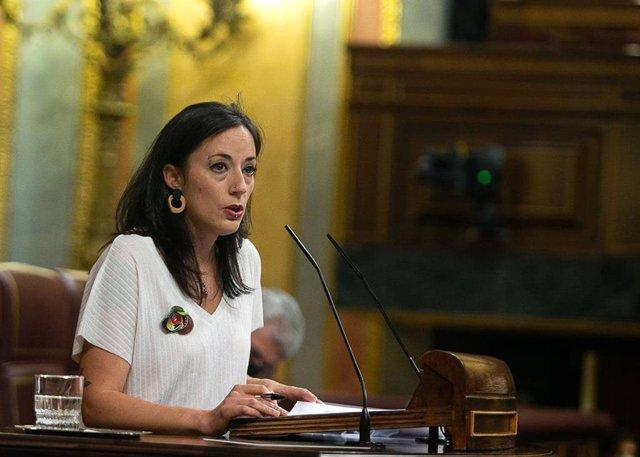 Isabel Franco, diputada de Unidas Podemos, defiende la PNL por la que se insta al Gobierno a continuar con las campañas de la Inspección de Trabajo y Seguridad Social en el sector del trabajo en el camp