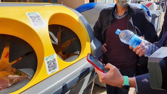 Ecoembes extiende a 43 municipios de todas las CCAA sus sistema de recompensas por reciclar envases Reciclos.