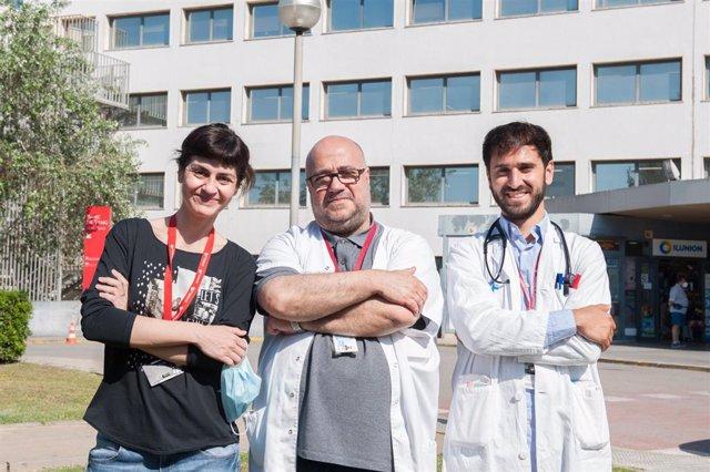 Los investigadores responsables del estudio, Marta Tajes, Josep Comín y Carles Díez López, del grupo de investigación Bioheart del Hospital Universitari de Bellvitge, en L'Hospitalet de Llobregat (Barcelona).